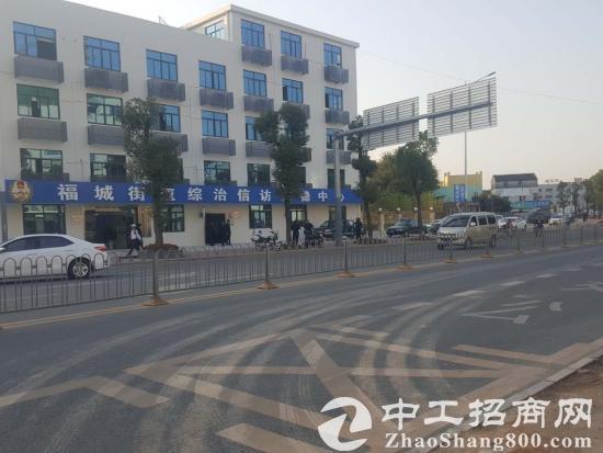 观澜富士康临街独栋配1000平空地业主直租送免租期