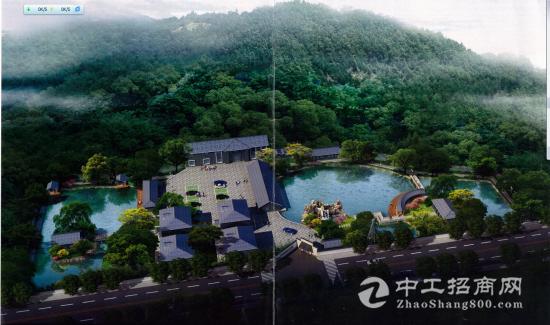 详细介绍:   位于大清谷风景区内,占地约20亩,别墅四幢,二层餐厅