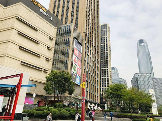 琶洲地铁站2.jpg