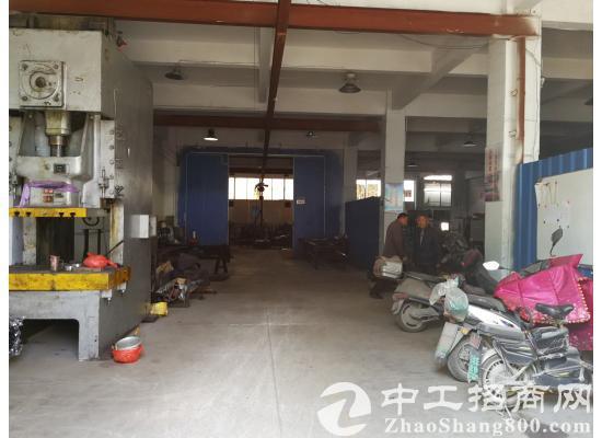 杨市工业园独栋1800平米厂房低价出租