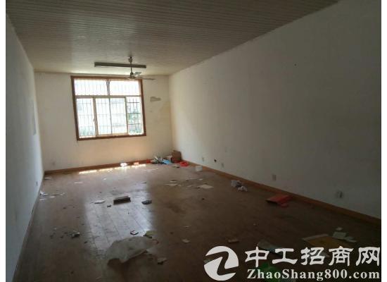 黄巷独院900平米仓库出租