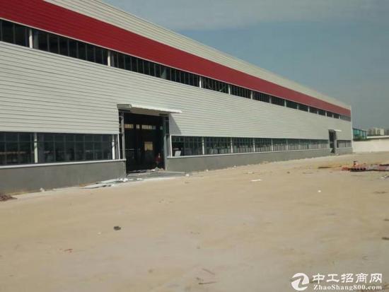 长安广深高速出口10米高单一层4000平 可分租