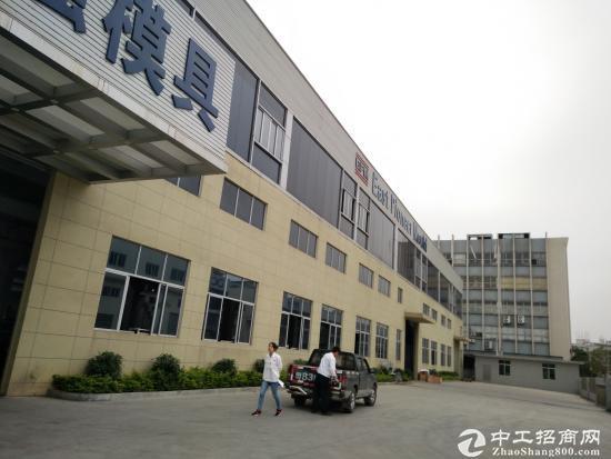 长安原房东单一层10米高钢构 1200平 水电齐全