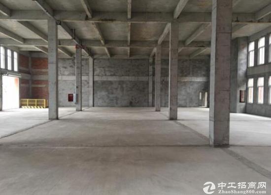 出售 1600平米独栋厂房可按揭 50年产权双证齐