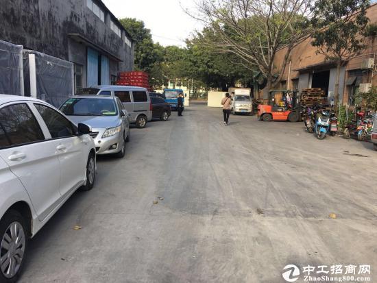 石岩松白路边稀缺1300平钢构厂房出租滴水12米