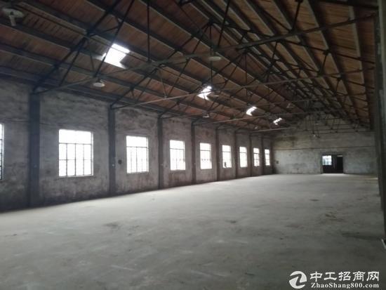 奉贤头桥2800平独院仓库出租 65万一年