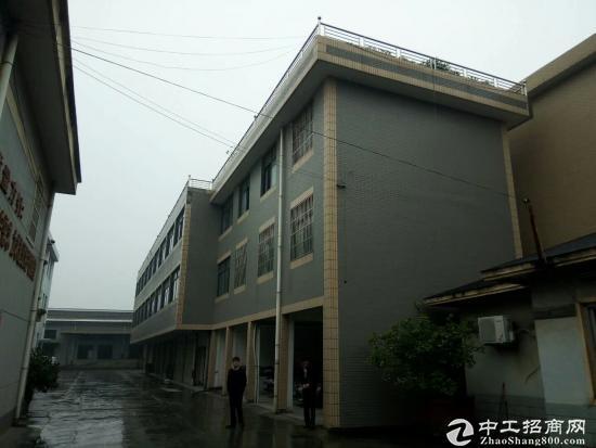 余杭良渚2300方标准厂房 大车好进出 有货梯