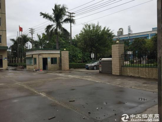 原房东独院四层厂房2400平方米招租