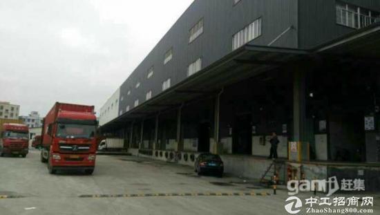 深圳市光明新区独院单一层厂房8000平整体出售