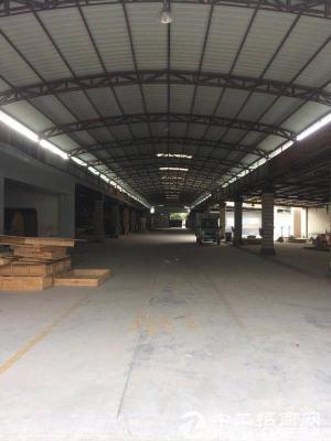 坪山大工业区石井路口独院钢构2000 1800平米高8米招租