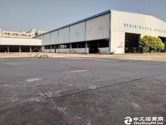 石岩关口5000平12米大型钢构厂房出租