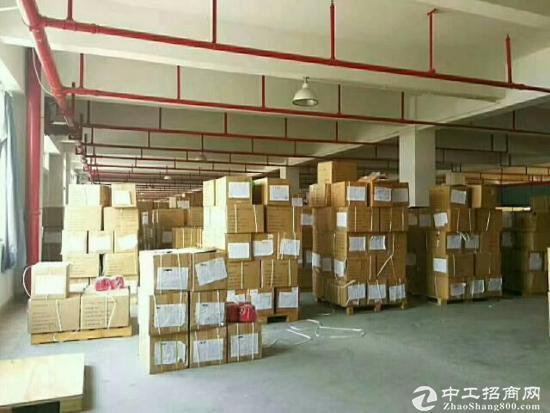 东莞厚街九成新出独门独标准1-2层2600平厂房招租 ,水电齐全.