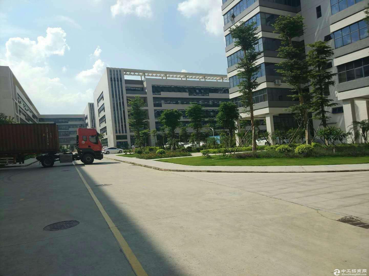 东莞松山湖高新工业园区国有50年产权厂房出售产权清晰无纠纷可分割出售