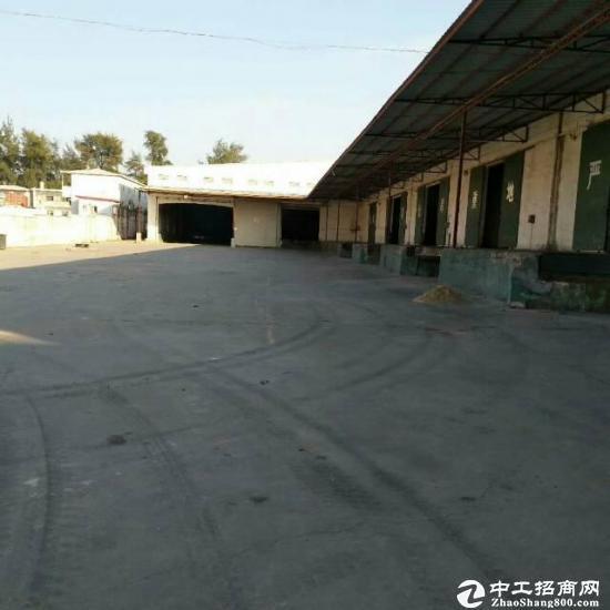 西丽标准物流仓库出租层高12米7800平方带卸货