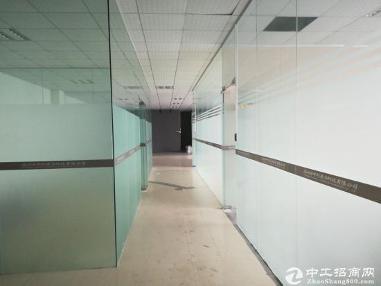 深圳横岗新出一办公 仓库3楼600平含装修