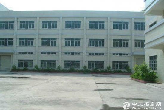龙岗大型工业区一楼600平米6米高带红本出租