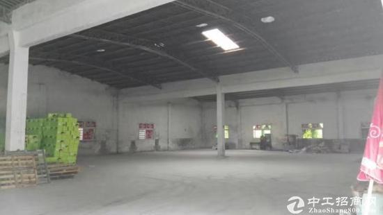 厚街新空出独栋钢构厂房1600平方,内柱子少,面积实用
