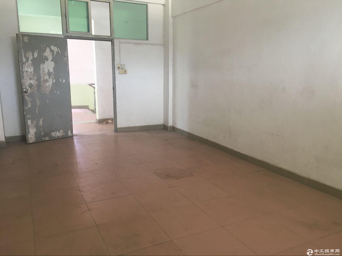 深圳塘下涌厂房招租 1800平米左右