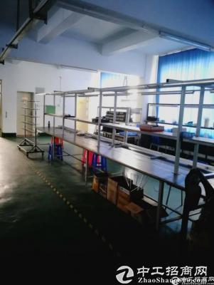 横岗永湖地铁站工业园整层1680平方米招租