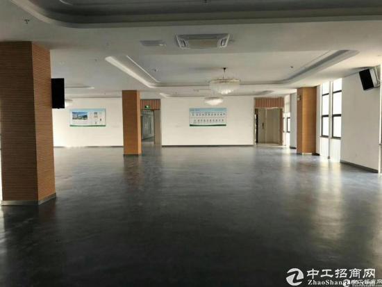 坪山 大工业园区里面新出标准一楼厂房1100平方