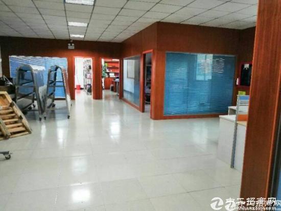 [平湖厂房]白泥坑3600平方米独门独院厂房招租