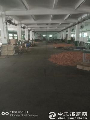 坪地高速路口新出厂房3000平方可分租
