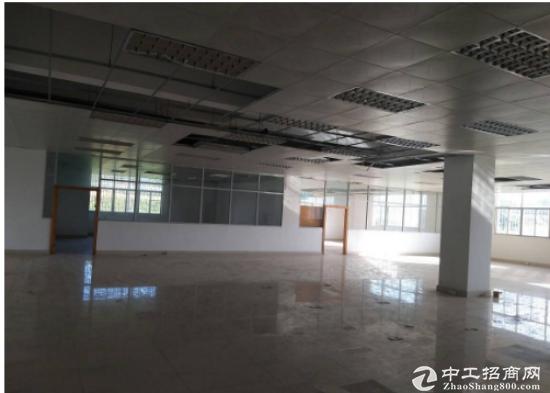 坪山 江岭新出楼上800平厂房 带现在成办公室