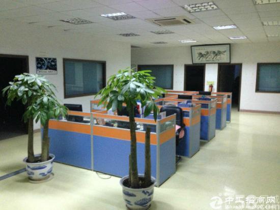 西乡黄田中信宝工业区d栋3楼1550平精装修