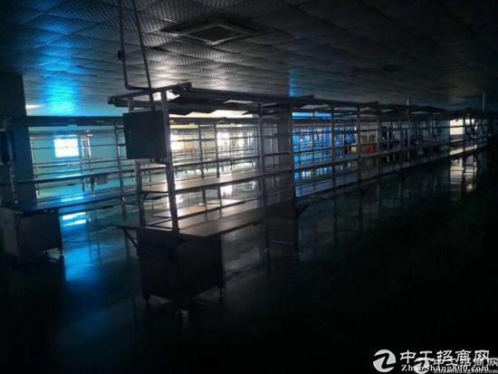 横岗电子厂无尘车间三楼厂房2000平方出租