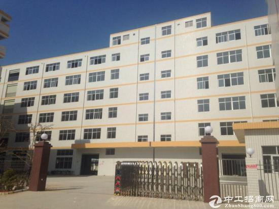 深圳平湖带红本厂房出售14000平方