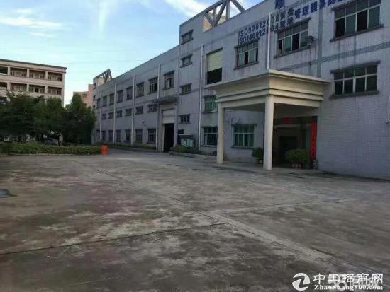 平湖新出一楼带消防喷淋办公室装修厂房1200平出租