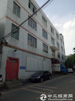 龙岗五联新出楼上1300平带装修厂房出租