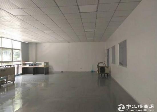 坪山高新区3楼450平米红本精装修出租