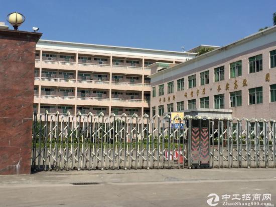 龙岗吉祥地铁站龙腾工业区独院厂房6600平米可分租
