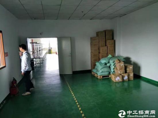 坪山宝山工业区3楼200平米厂房出租12元,带电梯