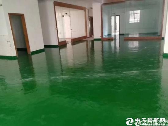 坪山江岭工业区新出红本楼上520平方精装修厂房