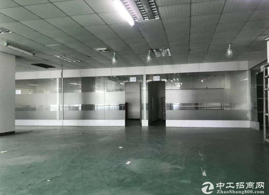 龙岗龙东现有带精装修一楼700平方厂房出租