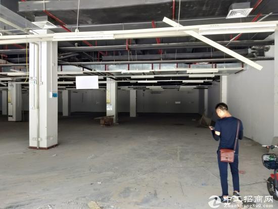 坂田华为总部附近新出一楼2800平米厂房出租