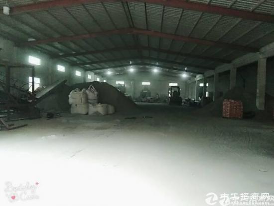 坪地高速路口附近6米高独栋钢构厂房1700平米出