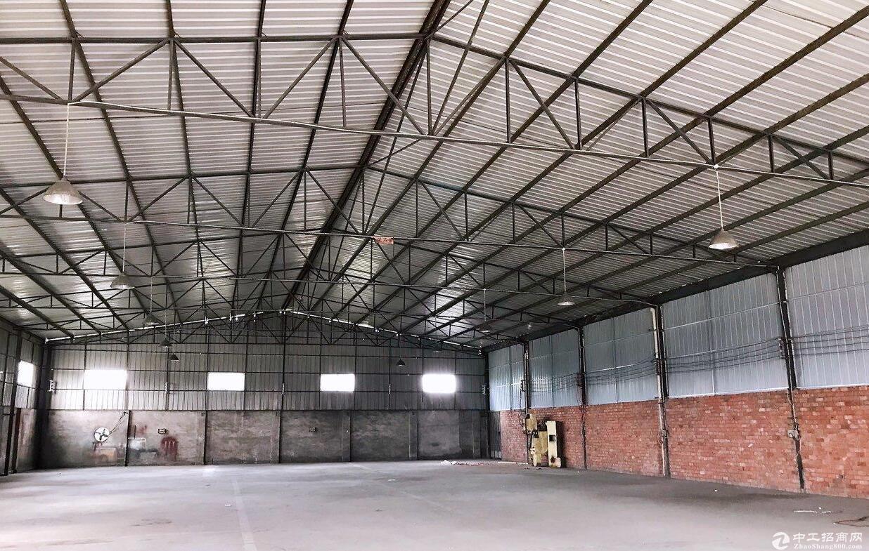 新繁 2500平米钢结构厂房出售