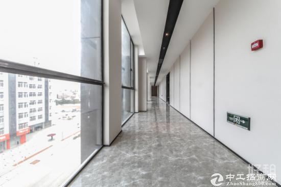 公明双高速出口高新产业园整层3500平可分租800