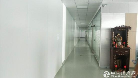 龙岗嶂背楼上精装修800平米出租,无转让费