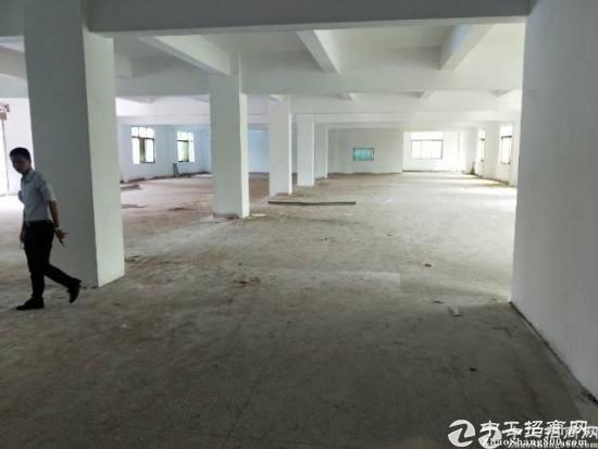 横岗高薪产业园招租2-3楼每层1380平
