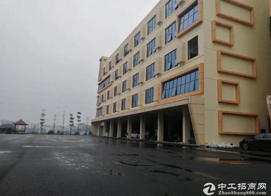 龙岗区布吉一楼厂房2100平米出租可分租带消防喷淋带红本