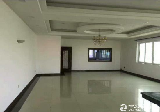 清平高速原房东二楼1560平米厂房出租,
