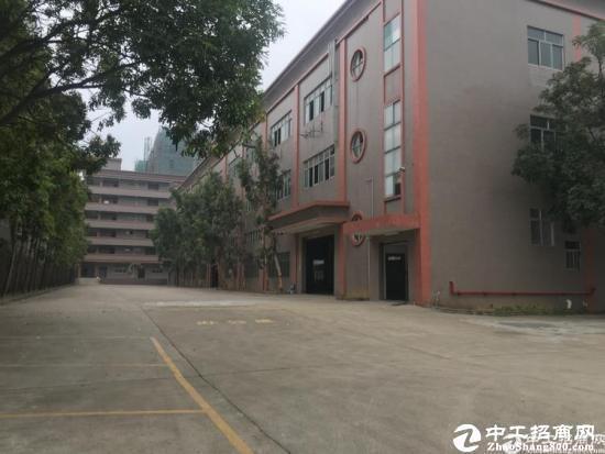 龙岗南联新出独院厂房二楼面积1200平方带装修出