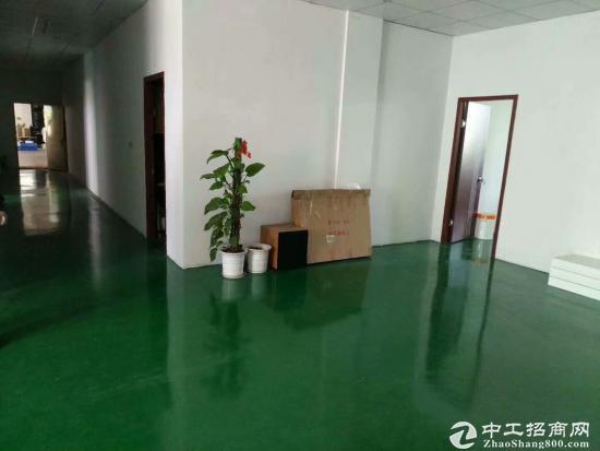清平高速富安出口旁二楼带豪华装修600平方厂房出租