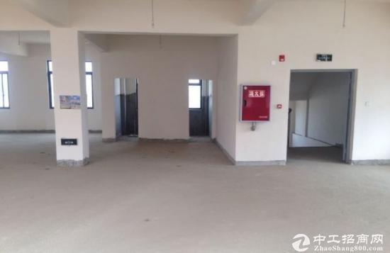 成都彭州3800平米厂房出租