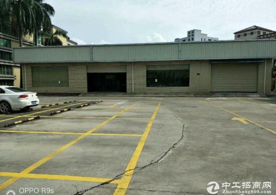 大邑沙渠新出钢构厂房出租 高度7米,车辆出入方便