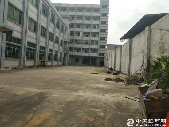 坪山新出独院厂房3层5500平米出租,合同5年